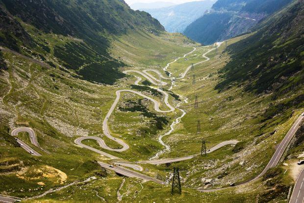cele mai periculoase drumuri din lume 10-transfagarasan