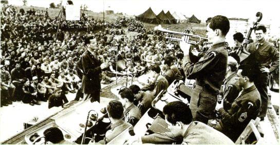 Glenn Miller dirijand