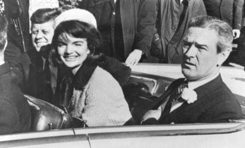 John F Kennedy in masina