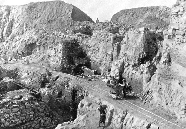 Excavarea Troiei