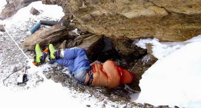 Everest - Tsewang Paljor