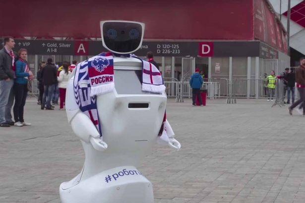 roboți umanoizi - alantim robot moscova