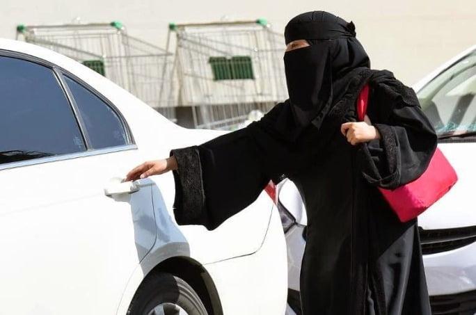 Arabia Saudita - Femei condus