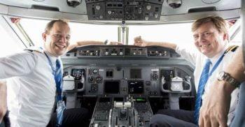 Ai zburat vreodată spre Olanda? Fără să știi, ai fost dus la destinație de un rege
