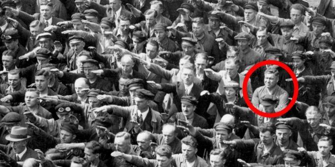 Salut nazist