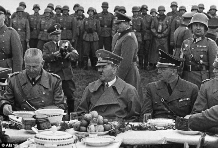 Dictatori celebri - Adolf Hitler