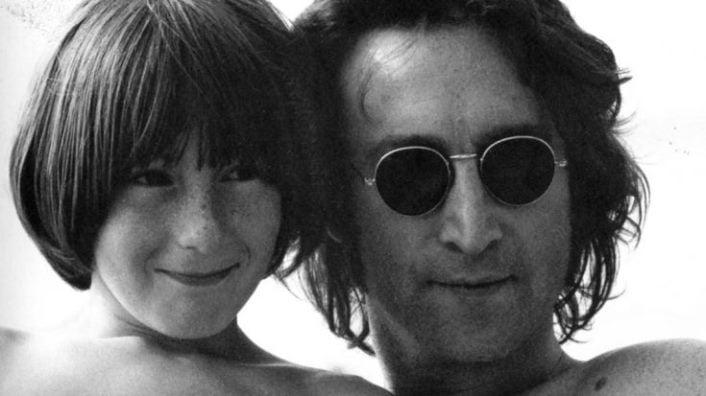 Personalitati istorice - John Lennon
