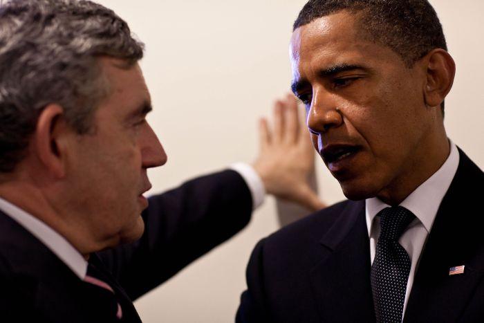 Cadouri traznite - Obama si Brown