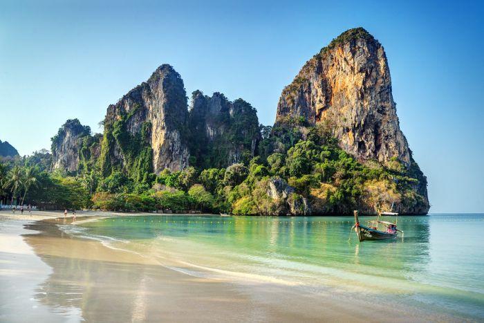 Cele mai frumoase locuri din lume - Plaja Railay