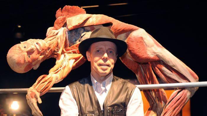 Expozitia corpul uman - Gunther von Hagens