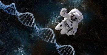 """Ce se întâmplă """"acolo sus""""? Un astronaut a revenit mutant pe Pământ"""
