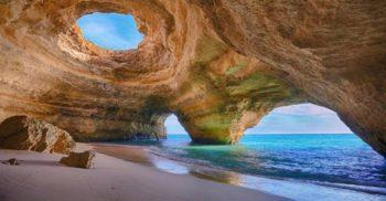 Operele de artă ale naturii - 10 cele mai frumoase peșteri marine din lume