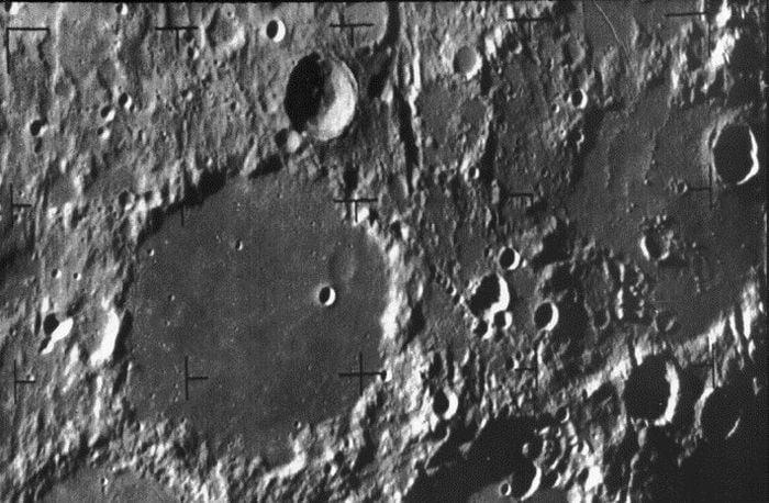 Pacaleli de 1 aprilie - Luna