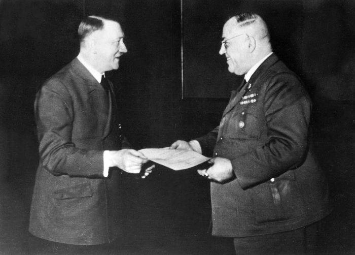 Theodor Morell - Premiu