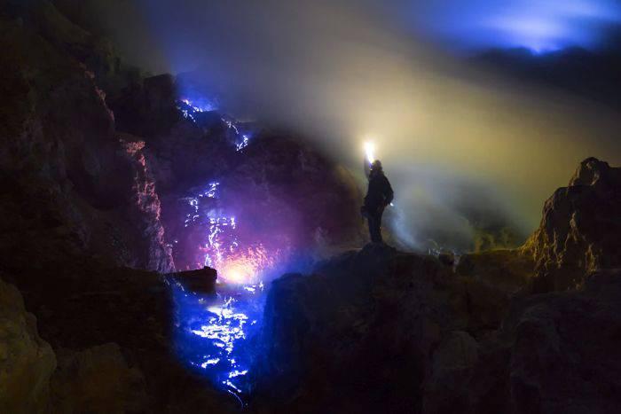 Fenomene unice - Foc albastru