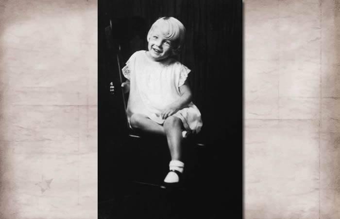 Marilyn Monroe - 12