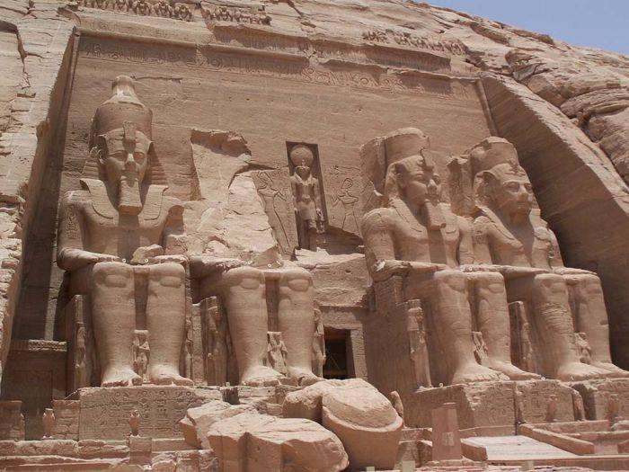 Ramses al II-lea - Abu Simbel