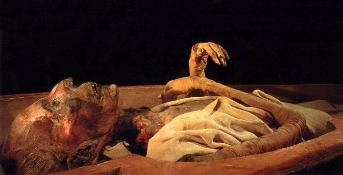 Ramses al II-lea - sarcofag