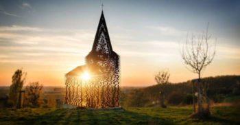 Ai mai văzut așa ceva Biserica transparentă, cu ziduri de oțel featured_compressed