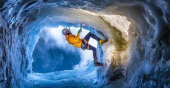 Călătorie în subteran - Imagini de o frumusețe rară din peșterile de gheață FEATURED_compressed