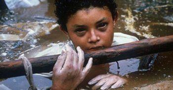 Omayra Sanchez Garzon și povestea tragică a unei fete curajoase din Columbia FEATURED_compressed