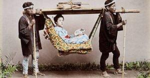 Secretele și viața fascinantă a gheișelor din Japonia FEATURED_compressed