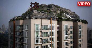 Și-a construit propriul munte pe bloc, scoțându-și din minți vecinii
