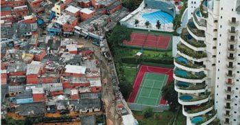 Săraci vs. bogați, văzuți de sus. Fotografii care ne arată inegalitățile dintre oameni FEATURED_compressed
