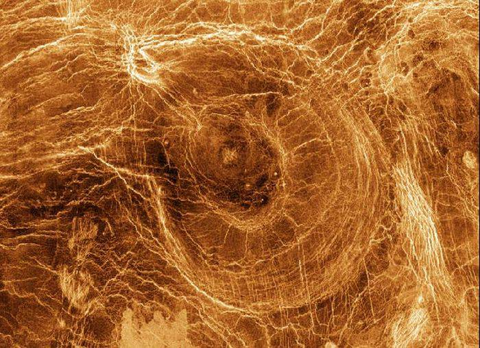 curiozitati despre planeta venus 2_redimensionat_compressed