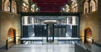 Unul dintre cele mai puternice calculatoare din lume se află într-o biserică featured_compressed