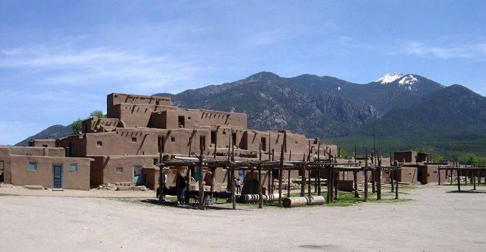 Zumzetul din Taos