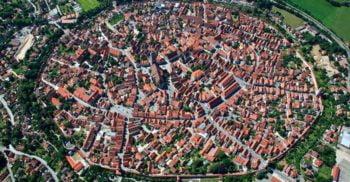 Nordlingen, orașul construit într-un crater de meteorit featured_compressed