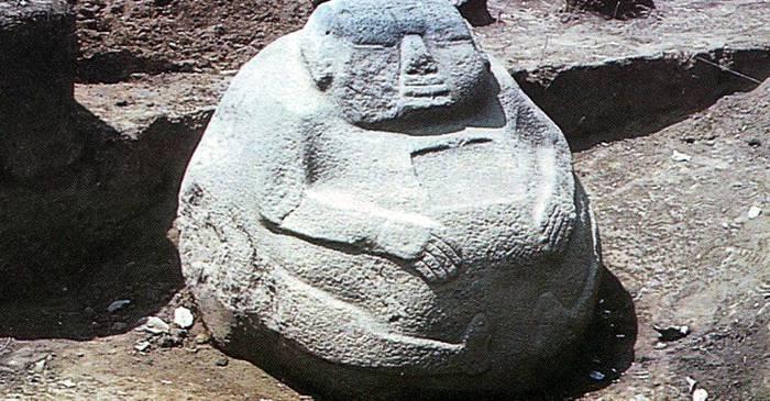 """Misterul """"burtoșilor"""" din Guatemala Statuile magnetice realizate folosind fulgerul FEATURED_compressed"""