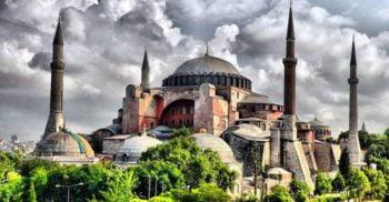 Povestea monumentală a Hagia Sophia: Punctul de întâlnire a civilizațiilor