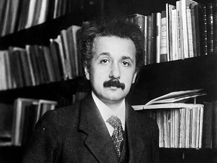 Albert Einstein 03