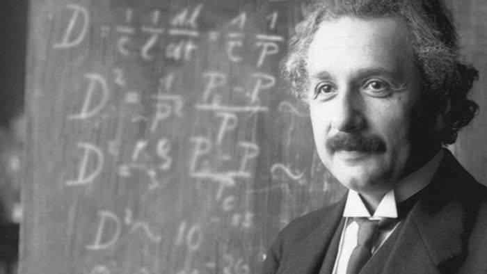 Albert Einstein 04