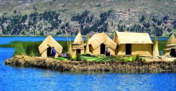 Locuri splendide: Insulele plutitoare de pe lacul Titicaca