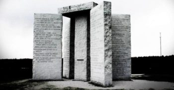 Pietrele călăuzitoare din Georgia, cel mai misterios monument din SUA