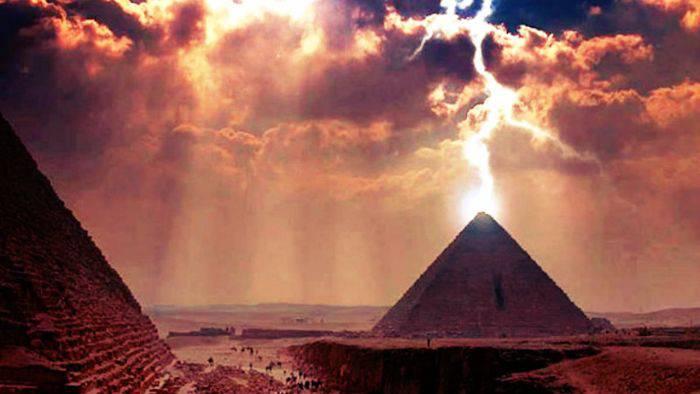 Piramida de la Giza 02