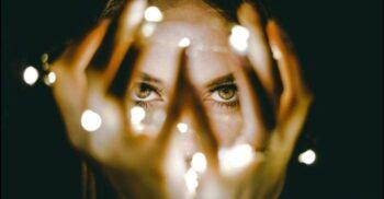 10 mistere ale creierului uman și indicii despre puterea minții