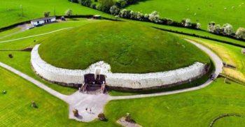 Enigma sitului megalitic Newgrange, mai vechi decât Marea Piramidă din Egipt