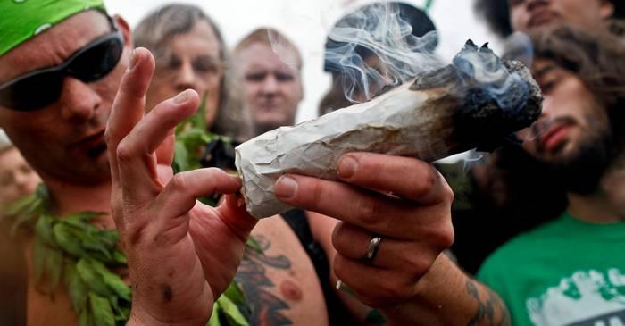 malana, satul in care toata lumea asteapta ziua recoltei de marijuana featured_comp