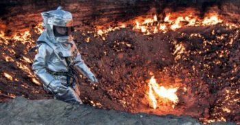 Craterul Darvaza, Poarta iadului – Arde fără încetare de 48 de ani