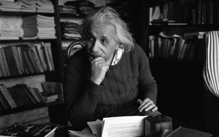 Curiozitati despre Albert Einstein