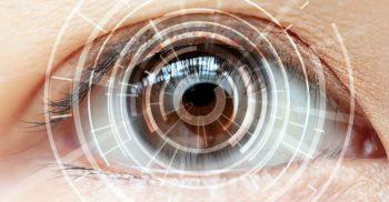 """Aceste lentile de contact fac zoom de 2.8 ori și schimbă focalizarea atunci când """"tragi cu ochiul"""""""