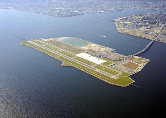 aeroporturi insulare