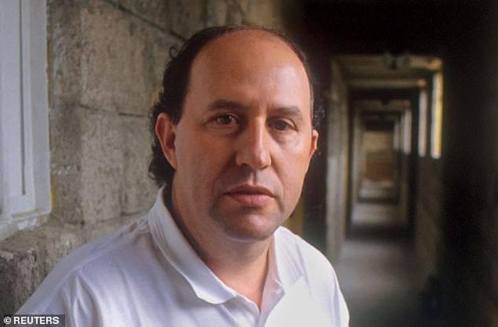 Roberto Escobar