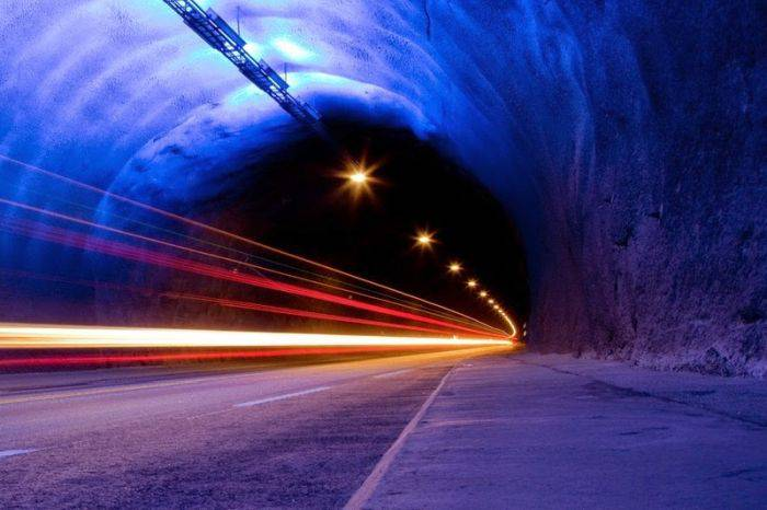 Tunelul Laerdal: cel mai lung tunel
