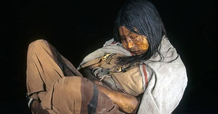 Fetița Trăsnetului, Băiatul și Fecioara, mumiile perfect conservate ale copiilor sacrificați de incași featured_compressed