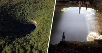 Sistemul de peșteri Er Wang Dong este atât de mare, încât are propria climă, inclusiv nori și ceață